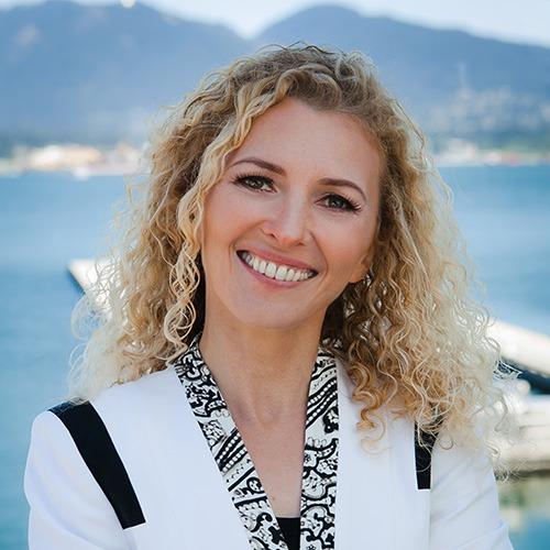 Dr. Carmen Simon, Cognitive Neuroscientist